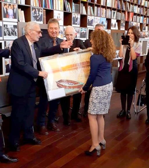 -подарява-картина-на-своя-учител Как моя картина се озова при президента на България?