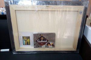 Гърба-на-картината-300x200 Опаковане на Картина за подарък